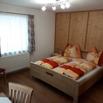 Photo of Holiday home, shower and bath, toilet, 4 or more bed rooms