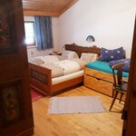 Photo of Triple room, shower, toilet, 1 bed room